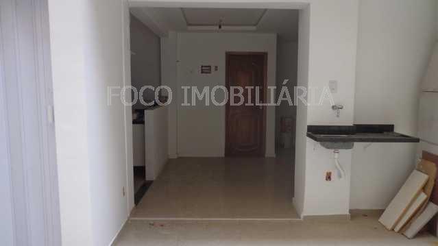 ÁREA EXTERNA QUINTAL - Apartamento à venda Rua Cardeal Dom Sebastião Leme,Santa Teresa, Rio de Janeiro - R$ 410.000 - FLAP21058 - 20