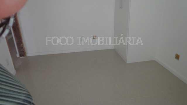 QUARTO 1 - Apartamento à venda Rua Cardeal Dom Sebastião Leme,Santa Teresa, Rio de Janeiro - R$ 410.000 - FLAP21058 - 11
