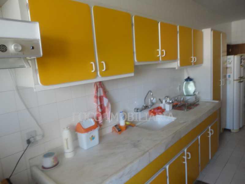 cozinha vista 2 - Cobertura 4 quartos à venda Jardim Botânico, Rio de Janeiro - R$ 3.700.000 - JBCO40032 - 19