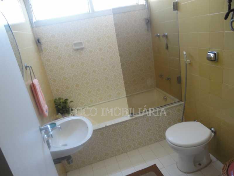 banheiro de empregada - Cobertura 4 quartos à venda Jardim Botânico, Rio de Janeiro - R$ 3.700.000 - JBCO40032 - 15