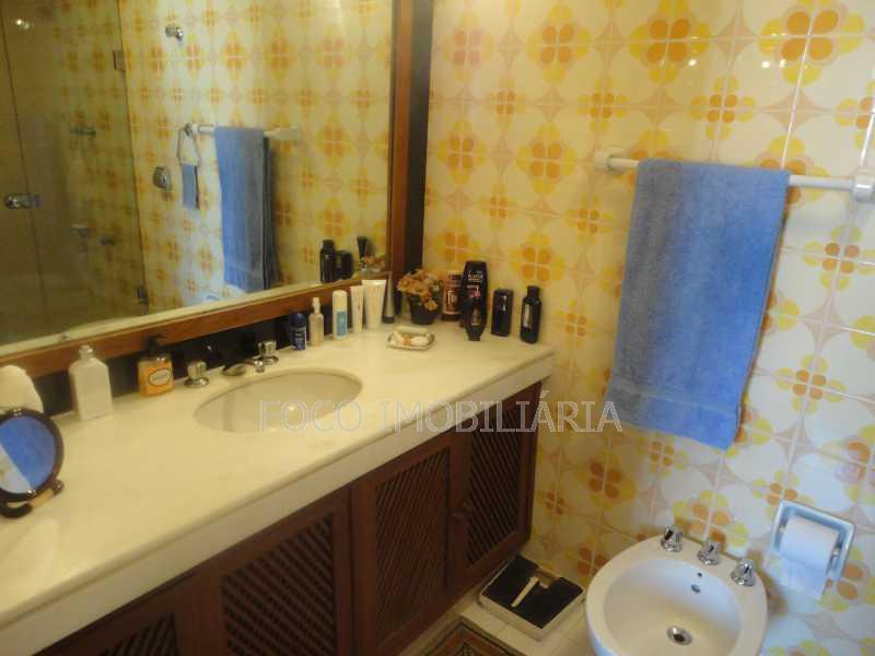 banheiro social - Cobertura 4 quartos à venda Jardim Botânico, Rio de Janeiro - R$ 3.700.000 - JBCO40032 - 25