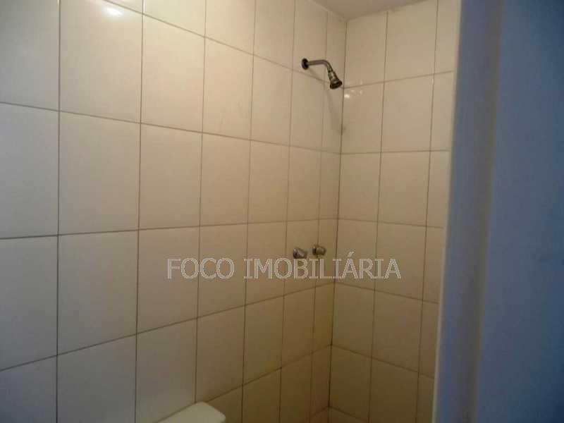 BANHEIRO EMPREGADA - Apartamento à venda Avenida Nossa Senhora de Copacabana,Copacabana, Rio de Janeiro - R$ 1.050.000 - FLAP21164 - 25