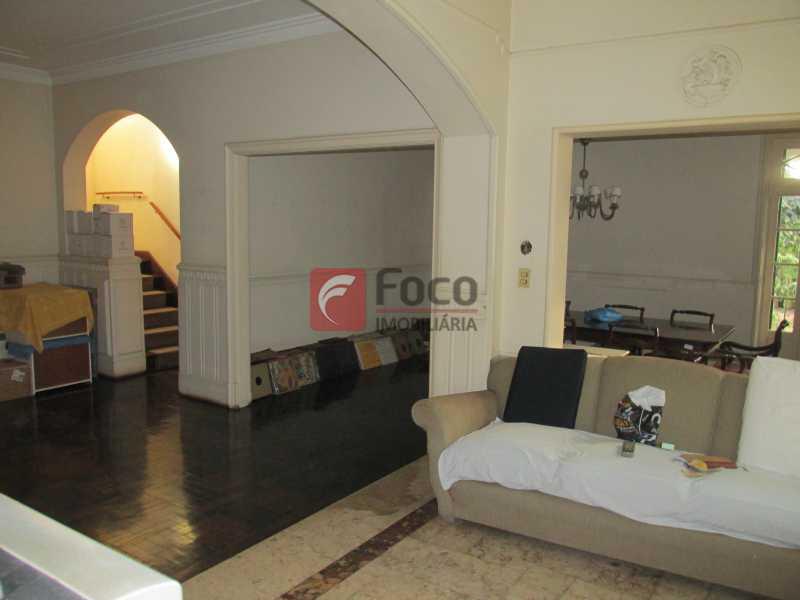 sala - Casarão tipo Sobrado em Botafogo podendo servir para moradia ou comercial - 5 Quartos - 6 Vagas - JBCA50010 - 1