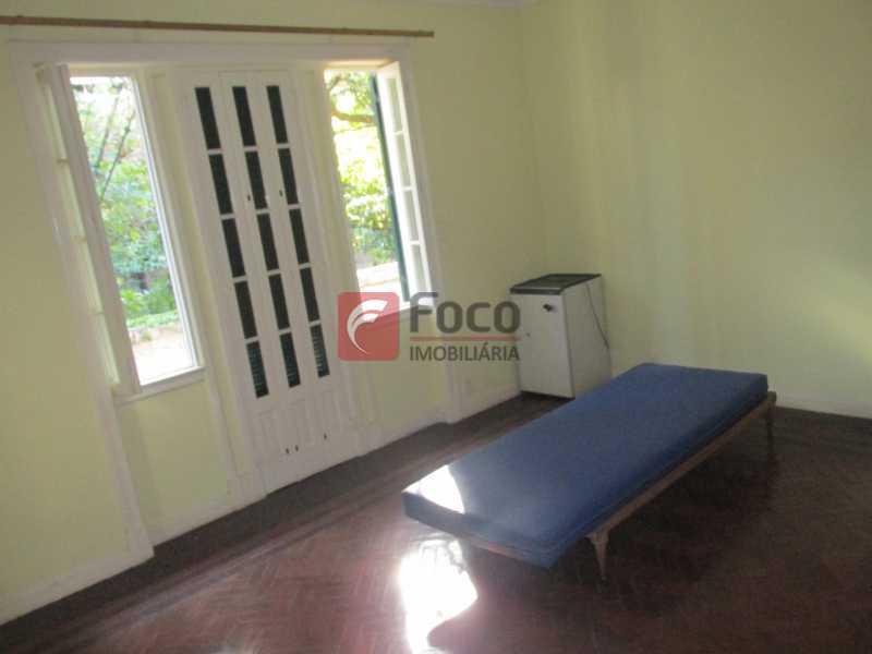 quarto suite - Casarão tipo Sobrado em Botafogo podendo servir para moradia ou comercial - 5 Quartos - 6 Vagas - JBCA50010 - 7
