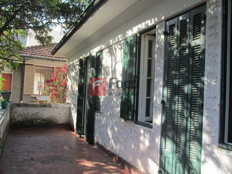 varanda do 2o.piso - Casarão tipo Sobrado em Botafogo podendo servir para moradia ou comercial - 5 Quartos - 6 Vagas - JBCA50010 - 3
