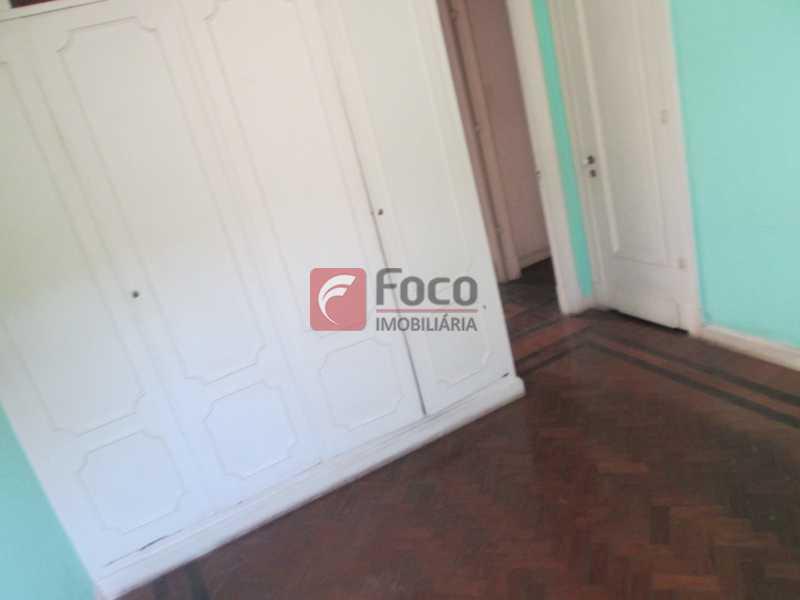 quarto - Casarão tipo Sobrado em Botafogo podendo servir para moradia ou comercial - 5 Quartos - 6 Vagas - JBCA50010 - 15