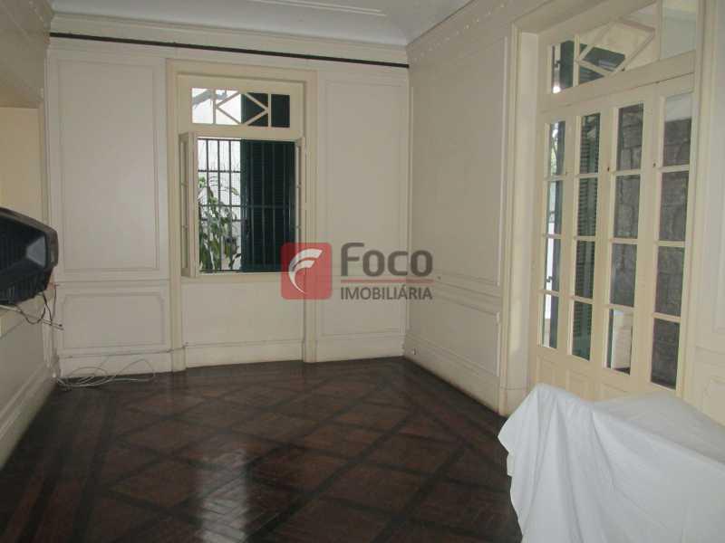 sala 1opiso - Casarão tipo Sobrado em Botafogo podendo servir para moradia ou comercial - 5 Quartos - 6 Vagas - JBCA50010 - 22