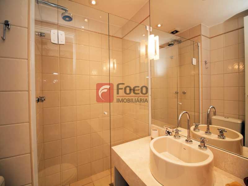 12 - Palazzo Di Lucena - Salão, Cozinha Americana, Suíte Master com Closet Totalmente modernizados. - FLAP21206 - 16