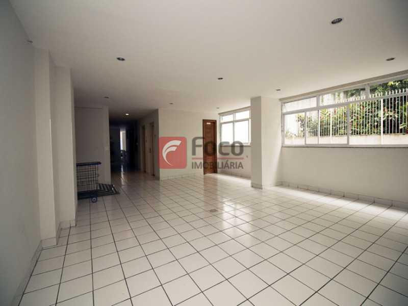 22 - Palazzo Di Lucena - Salão, Cozinha Americana, Suíte Master com Closet Totalmente modernizados. - FLAP21206 - 23