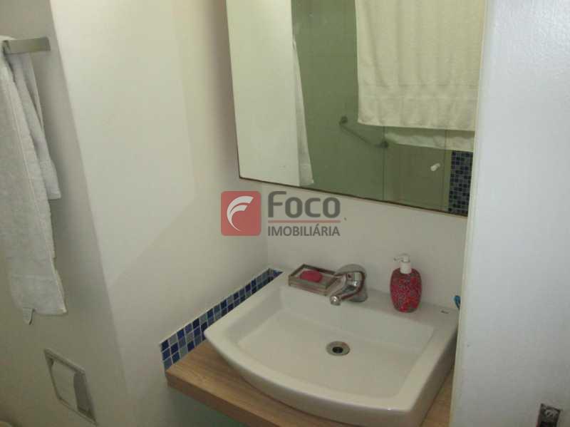 BANHEIRO - Apartamento à venda Rua Raimundo Correia,Copacabana, Rio de Janeiro - R$ 1.800.000 - FLAP31321 - 6