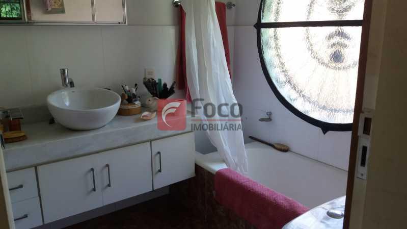 BANHEIRO SUÍTE 3 - FLCA40056 - 16