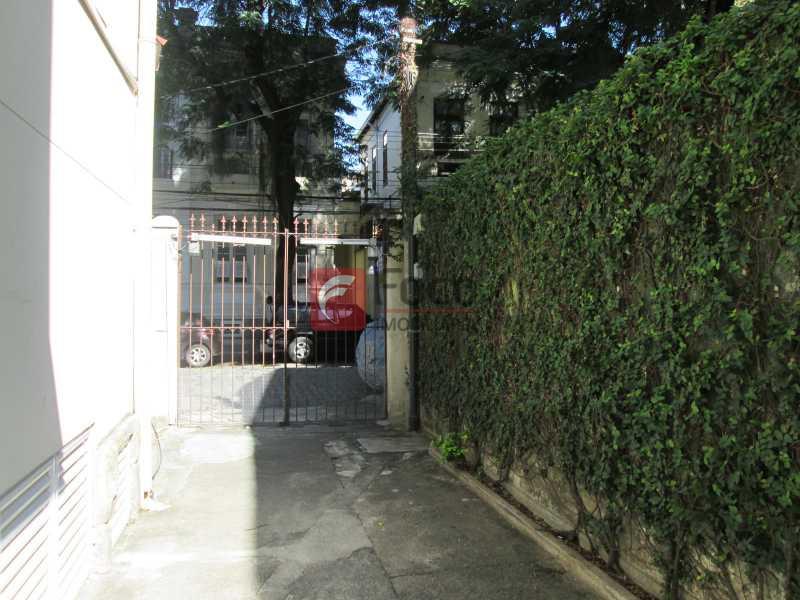 ENTRADA PRÉDIO - Apartamento à venda Rua Viúva Lacerda,Humaitá, Rio de Janeiro - R$ 1.400.000 - FLAP31528 - 28
