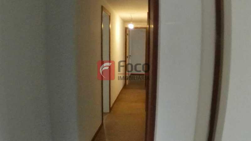 CIRCULAÇÃO - FLCO40068 - 11