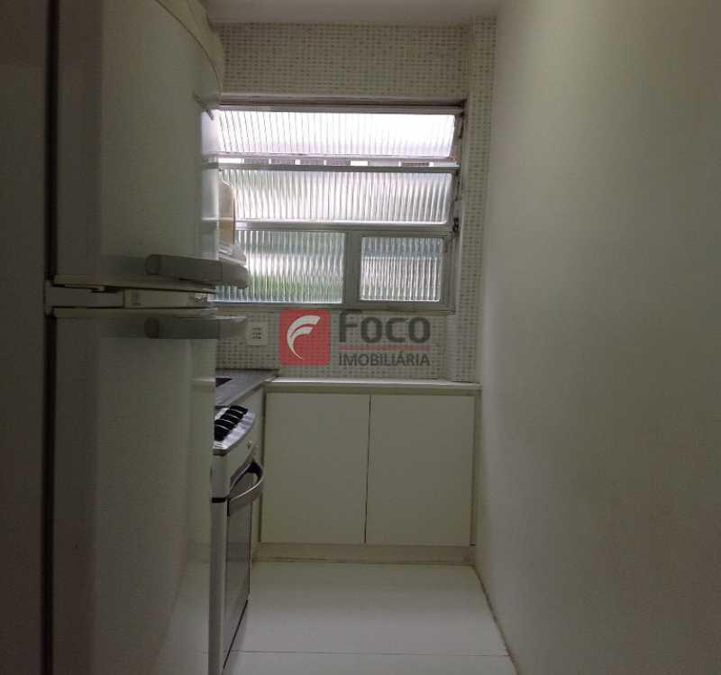 COZINHA - Ótima Localização, perto Metrô Jardim de Alah e Shopping Leblon - Sala Quarto Reformado. - JBAP10211 - 15
