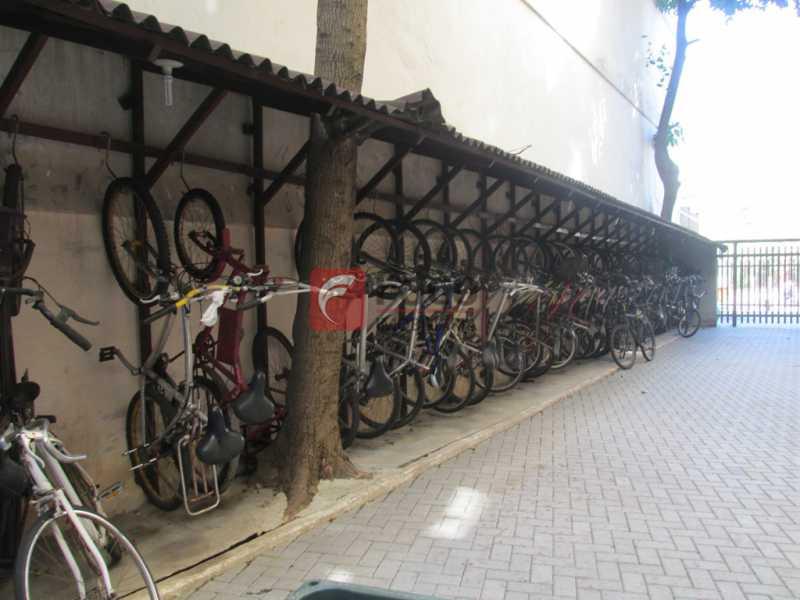 BICICLETÁRIO - Ótima Localização, perto Metrô Jardim de Alah e Shopping Leblon - Sala Quarto Reformado. - JBAP10211 - 21