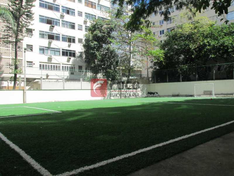 CAMPO DE FUTEBOL - Ótima Localização, perto Metrô Jardim de Alah e Shopping Leblon - Sala Quarto Reformado. - JBAP10211 - 27