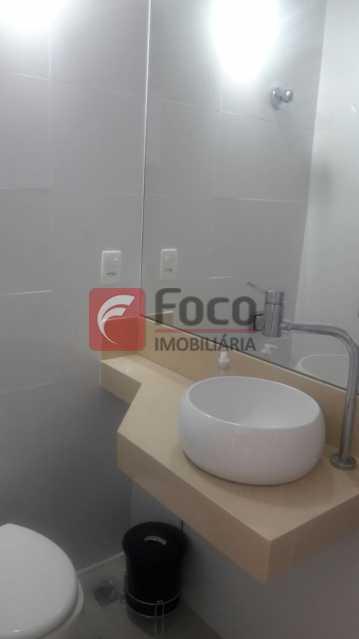BANHEIRO SUÍTE - Apartamento à venda Avenida Nossa Senhora de Copacabana,Copacabana, Rio de Janeiro - R$ 950.000 - FLAP21850 - 16