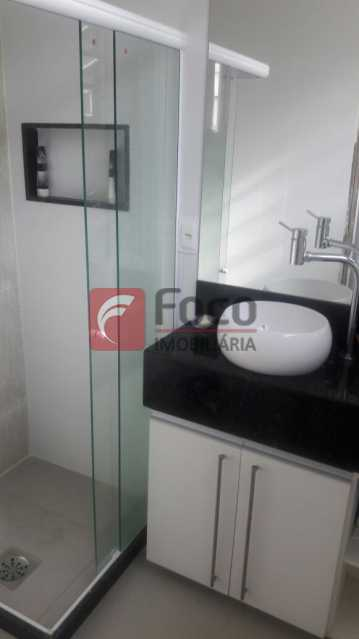 BANHEIRO SUÍTE - Apartamento à venda Avenida Nossa Senhora de Copacabana,Copacabana, Rio de Janeiro - R$ 950.000 - FLAP21850 - 14