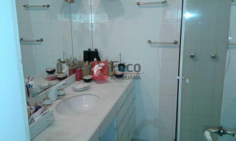 BANHEIRO SOCIAL - Próximo a Lagoa - Linda Cobertura com Vista para a Lagoa - 04 quartos (2suítes) - 02 Vagas na Escritura - JBCO40058 - 14