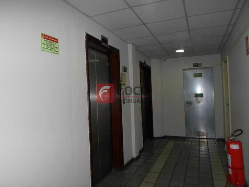 HALL DOS ELEVADORES - Ótima Sala Comercial - Próximo ao Metrô - FLSL00080 - 19