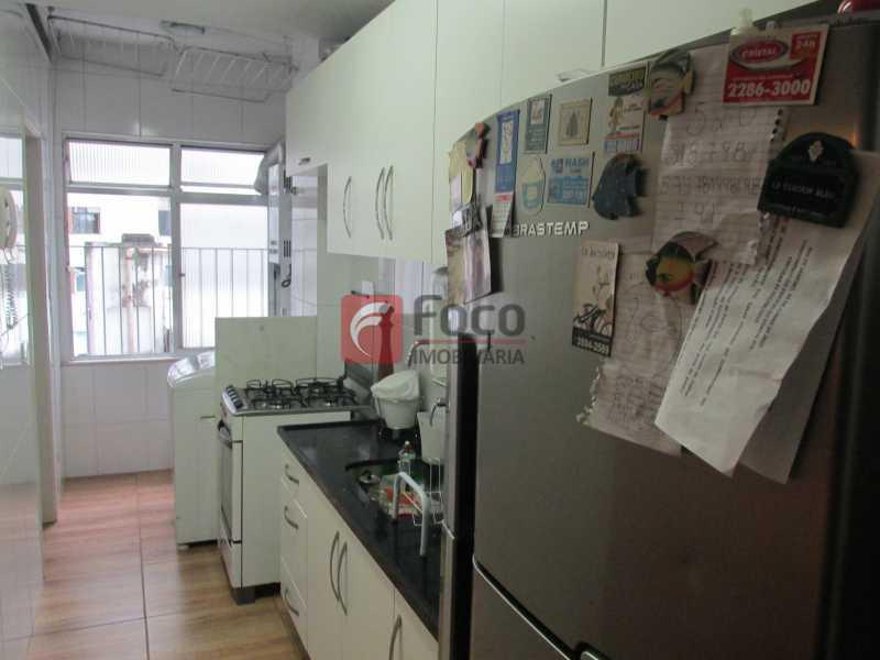 cozinha vista - Entrar e Morar - Infraestrutura Total de Lazer - Sala 2 Quartos (suíte) - Vaga na Escritura - JBAP20641 - 16