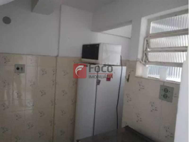 3 - Urca - Prédio pequeno com apenas 01 apartamento por Andar - Sala Quarto com pequena área externa - JBAP10233 - 9