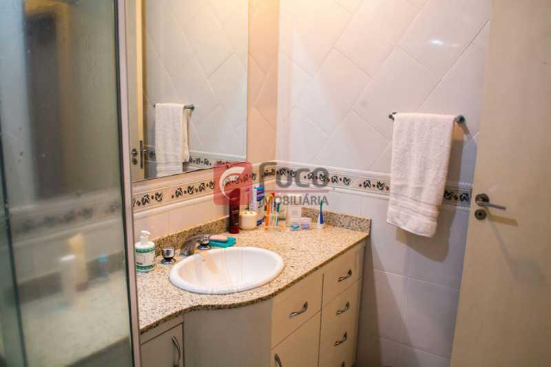 BANHEIRO SOCIAL - Apartamento à venda Rua Voluntários da Pátria,Botafogo, Rio de Janeiro - R$ 740.000 - FLAP22007 - 13