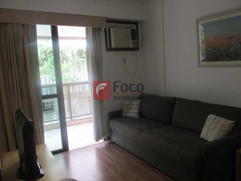 Sala estar - Flat à venda Rua Professor Saldanha,Jardim Botânico, Rio de Janeiro - R$ 1.290.000 - JBFL20005 - 3