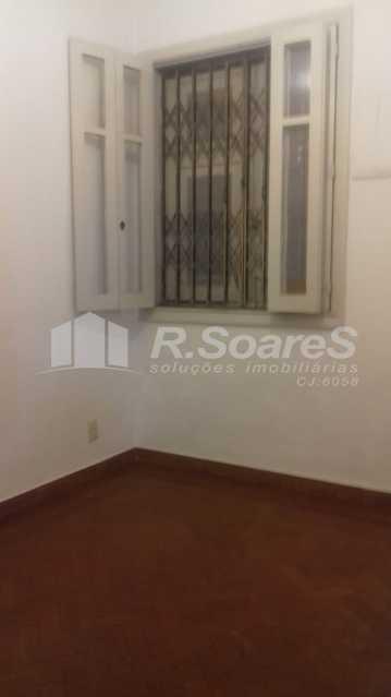 1 - R.Soares vende aluga amplo apartamento térreo localizado na Av. Paulo de Frontin - JCAP30414 - 1