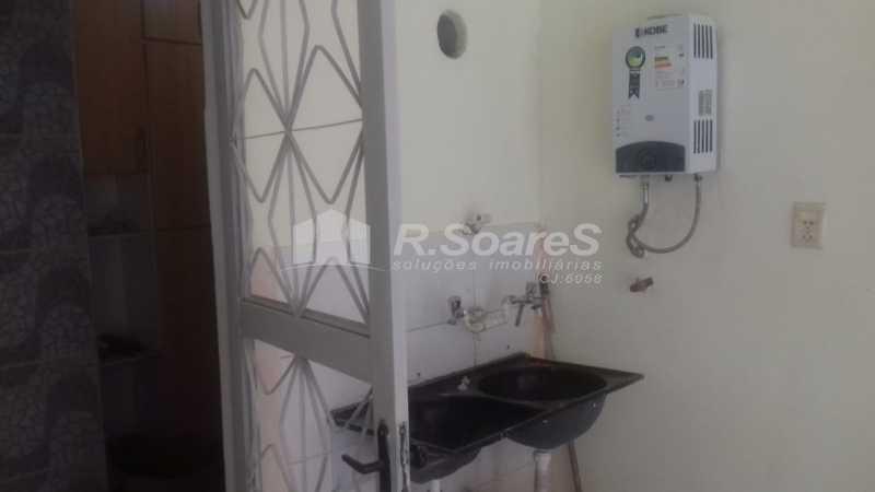 18 - R.Soares vende aluga amplo apartamento térreo localizado na Av. Paulo de Frontin - JCAP30414 - 19
