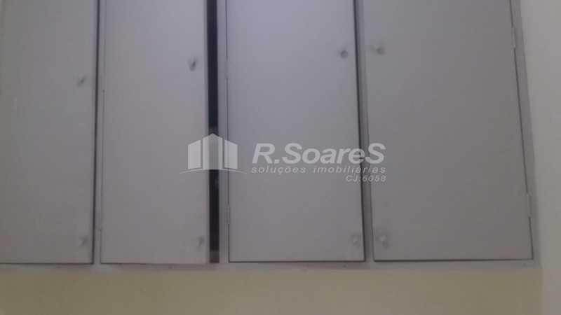 12 - R.Soares vende aluga amplo apartamento térreo localizado na Av. Paulo de Frontin - JCAP30414 - 13