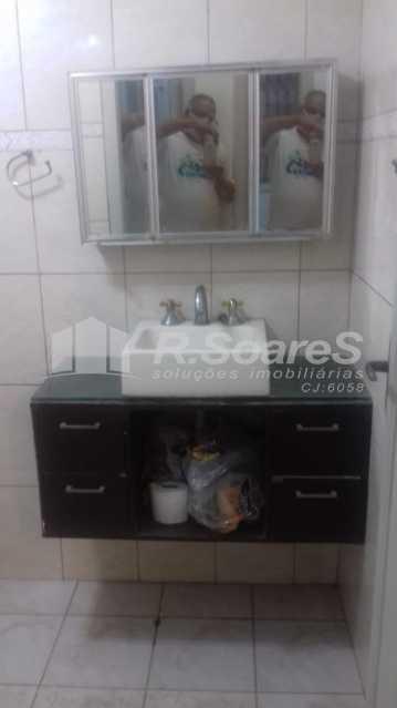 19 - R.Soares vende aluga amplo apartamento térreo localizado na Av. Paulo de Frontin - JCAP30414 - 20
