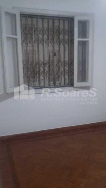 10 - R.Soares vende aluga amplo apartamento térreo localizado na Av. Paulo de Frontin - JCAP30414 - 11