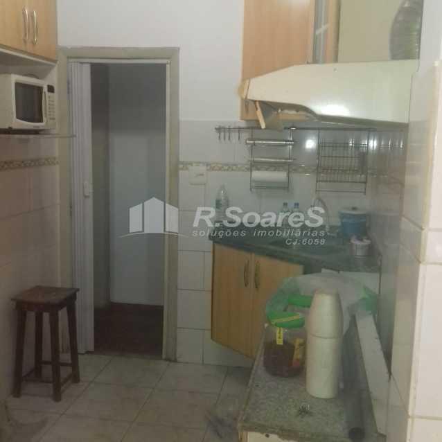 21 - R.Soares vende aluga amplo apartamento térreo localizado na Av. Paulo de Frontin - JCAP30414 - 22