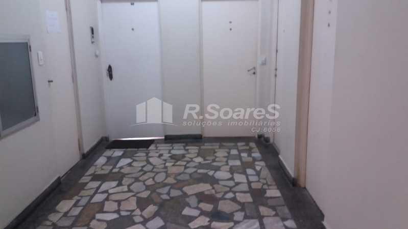 WhatsApp Image 2021-01-12 at 1 - Ótima sala com cozinha e banheiro todo em piso frio na Rua da Lapa ótima localização. - JCSL00043 - 1