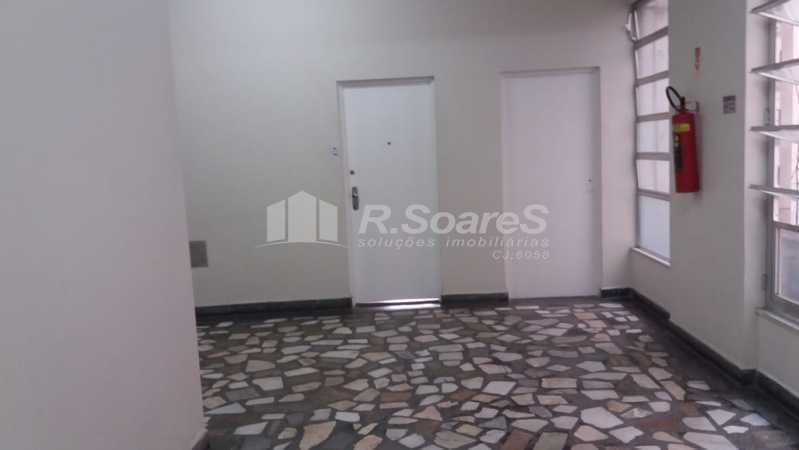 WhatsApp Image 2021-01-12 at 1 - Ótima sala com cozinha e banheiro todo em piso frio na Rua da Lapa ótima localização. - JCSL00043 - 6