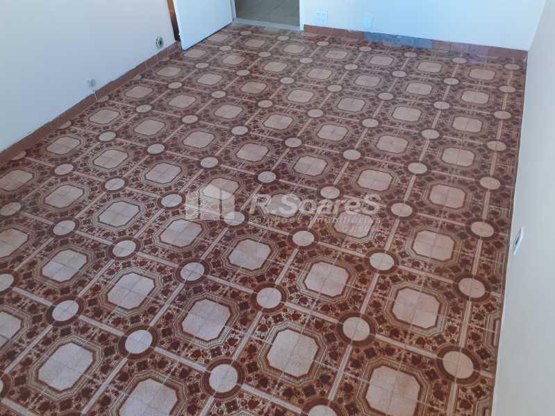1 - R.Soares vende!!! Apartamento com dois quartos no coração do Meier colado á Rua Dias da Cruz perto da Pizzaria Parmê - JCAP20743 - 1