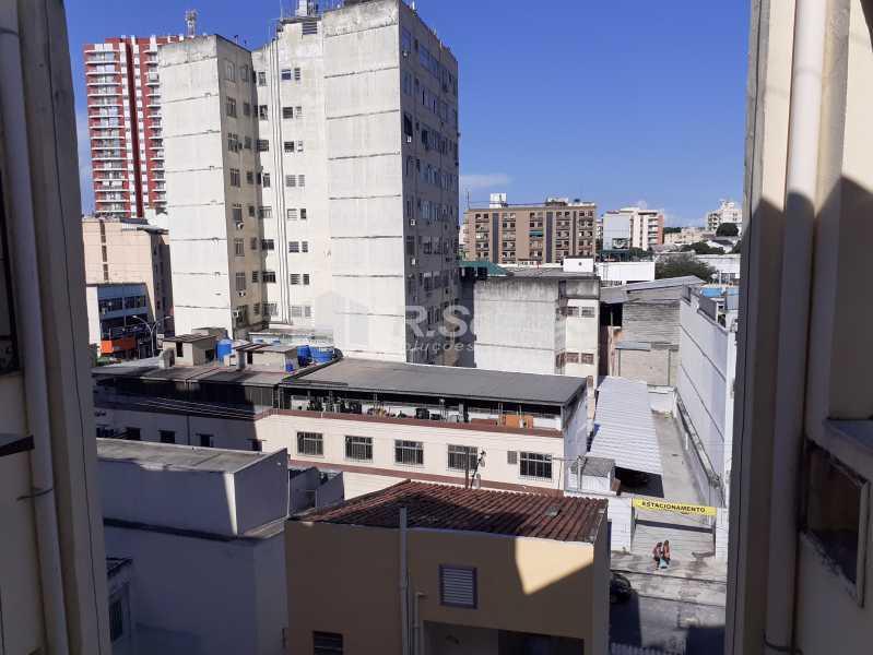 5 - R.Soares vende!!! Apartamento com dois quartos no coração do Meier colado á Rua Dias da Cruz perto da Pizzaria Parmê - JCAP20743 - 6