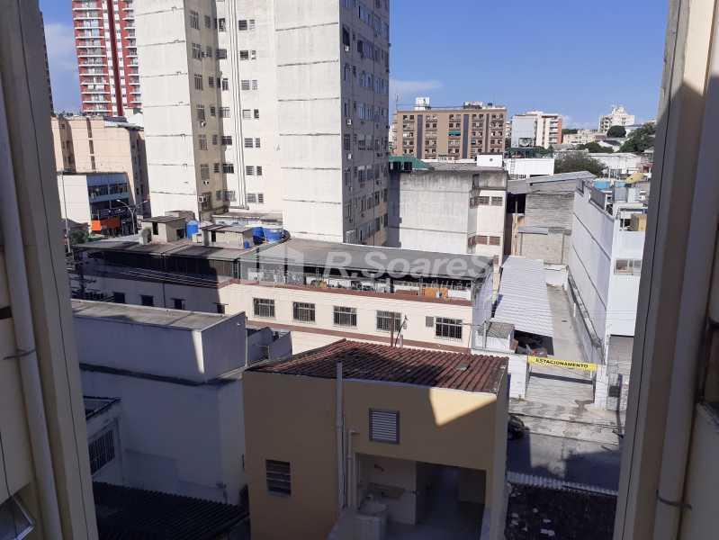 18 - R.Soares vende!!! Apartamento com dois quartos no coração do Meier colado á Rua Dias da Cruz perto da Pizzaria Parmê - JCAP20743 - 19