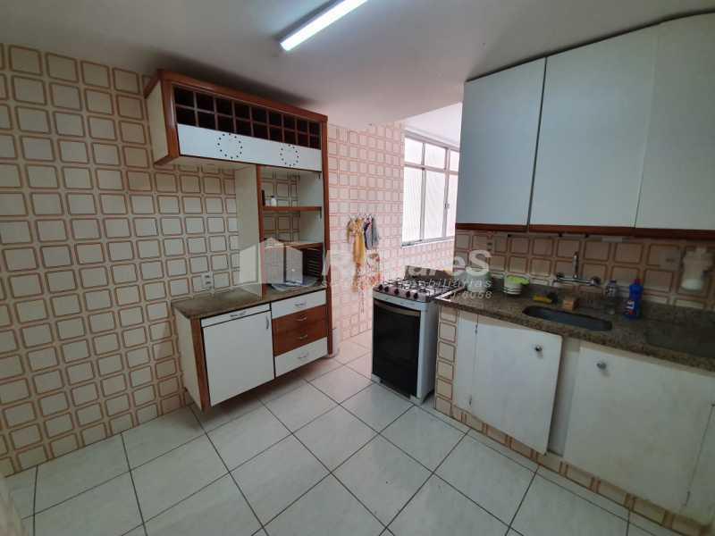 24. - Rio de Janeiro, Leme, 2 quartos, sendo 1 suíte, fundos/lateral, 84 m², junto À praia! - LDAP20405 - 25