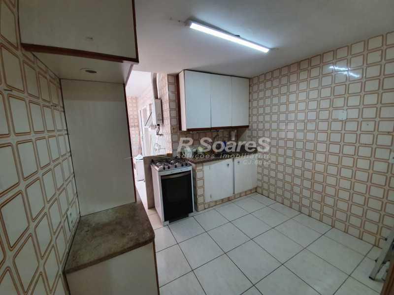 28. - Rio de Janeiro, Leme, 2 quartos, sendo 1 suíte, fundos/lateral, 84 m², junto À praia! - LDAP20405 - 29