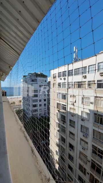 1. - Rio de Janeiro, Leme, 2 quartos, sendo 1 suíte, terraço, vaga, junto À praia! - LDAP20430 - 1