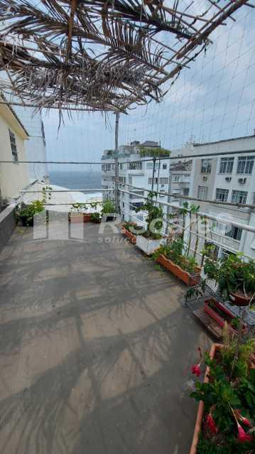 30. - Rio de Janeiro, Leme, 2 quartos, sendo 1 suíte, terraço, vaga, junto À praia! - LDAP20430 - 31