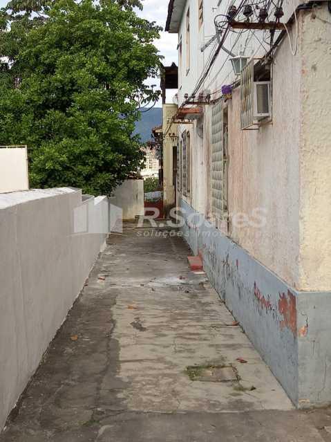 WhatsApp Image 2021-05-22 at 2 - R Soares vende!!!! Ótima casa de vila sala, dois quartos,, cozinha, no centro do Meier ótima localização.Aceita financiamento. - JCAP20821 - 4