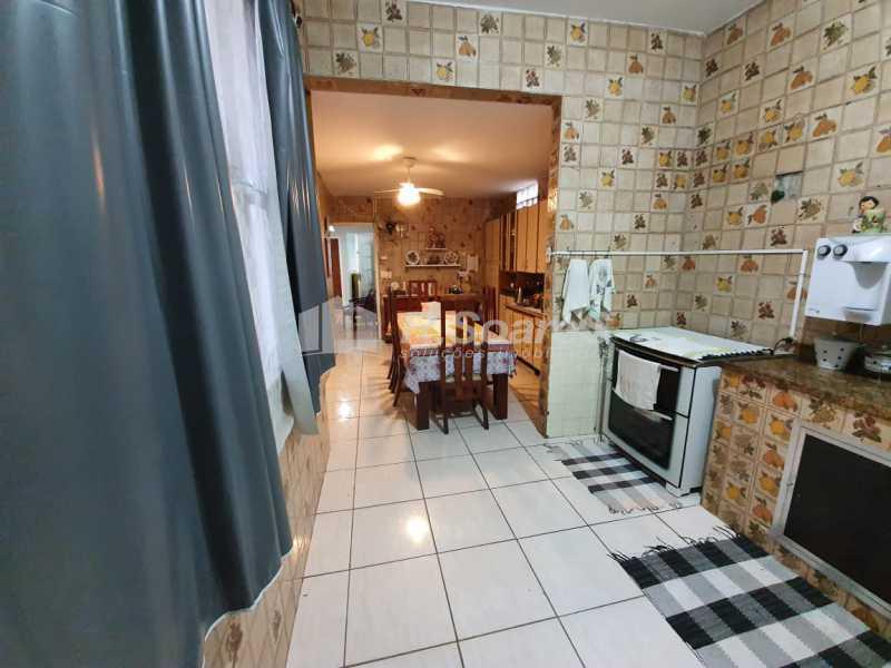 22. - Rio de Janeiro, São Cristóvão, Casa triplex, 5 quartos, sendo 3 suítes, 491 m², frente! - LDCA50008 - 23