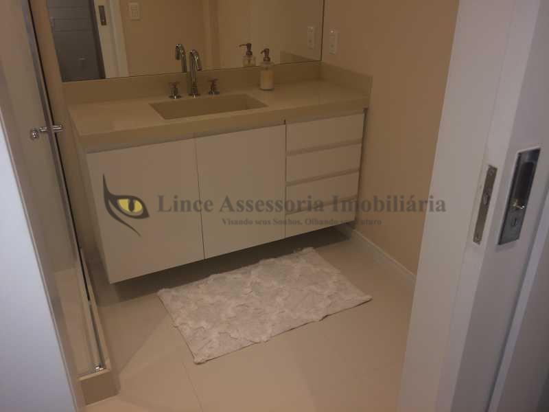 14 BANHEIRO SUÍTE 2 - Apartamento Ipanema, Sul,Rio de Janeiro, RJ À Venda, 2 Quartos, 127m² - IAAP20923 - 14