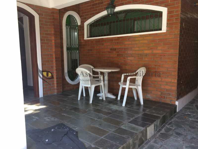 04 VARANDA - Casa Vila Valqueire, Rio de Janeiro, RJ À Venda, 2 Quartos, 178m² - TACA20044 - 5
