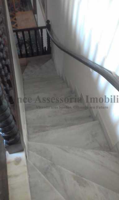 16-Escada paraar sub-solo - Casa 9 quartos à venda Rio Comprido, Norte,Rio de Janeiro - R$ 390.000 - TACA90003 - 19