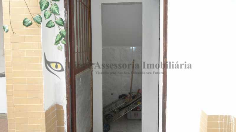 BANHEIRO DE SERVIÇO - Casa 4 quartos à venda Tijuca, Norte,Rio de Janeiro - R$ 1.000.000 - TACA40049 - 26
