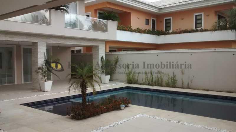 7 Piscina - Casa em Condomínio Barra da Tijuca, Oeste,Rio de Janeiro, RJ À Venda, 5 Quartos, 600m² - TACN50001 - 11